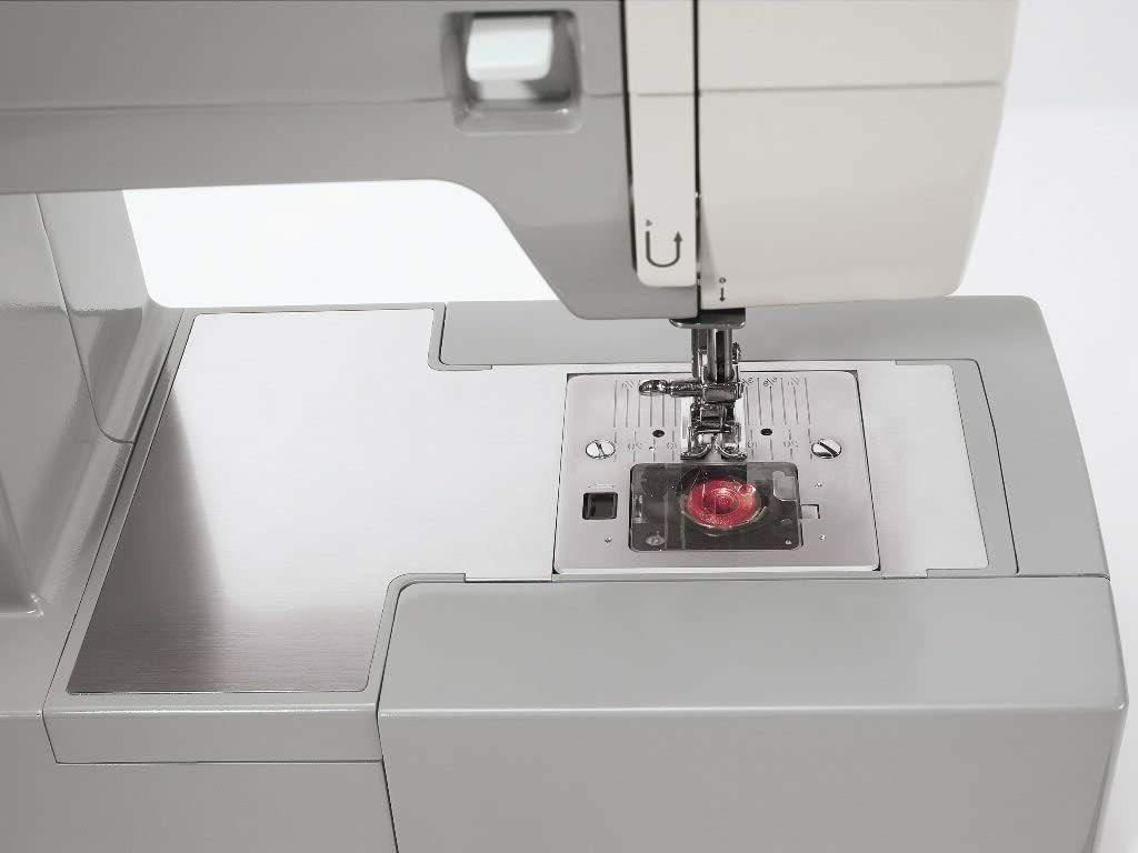 NEW 4411 Sewing Machine Built-In Stitches +