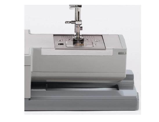 sewing machine 23 stitch on board storage