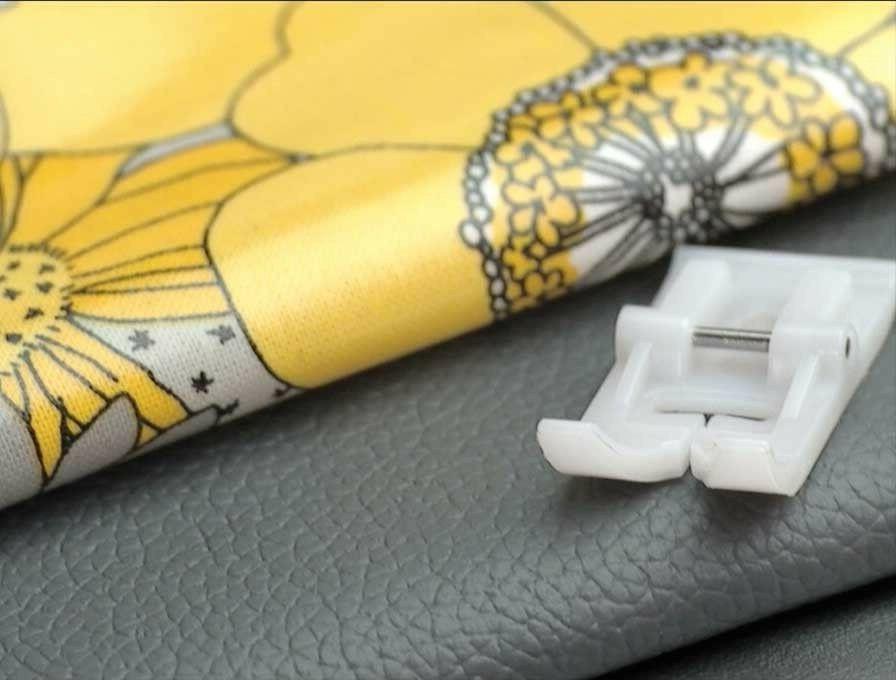 SINGER Sewing Machine Fashion Mate 5500 6160 7256 Teflon Foo