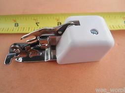 SINGER Side Cutter Attachment Presser Foot for Low-Shank Sew