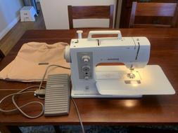 Bernina Sport 801 Sewing Machine
